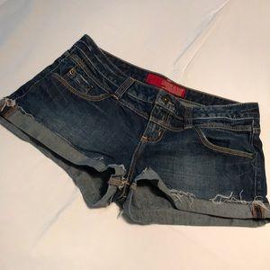 Guess Jeans distressed cuffed denim shorts Sz 31